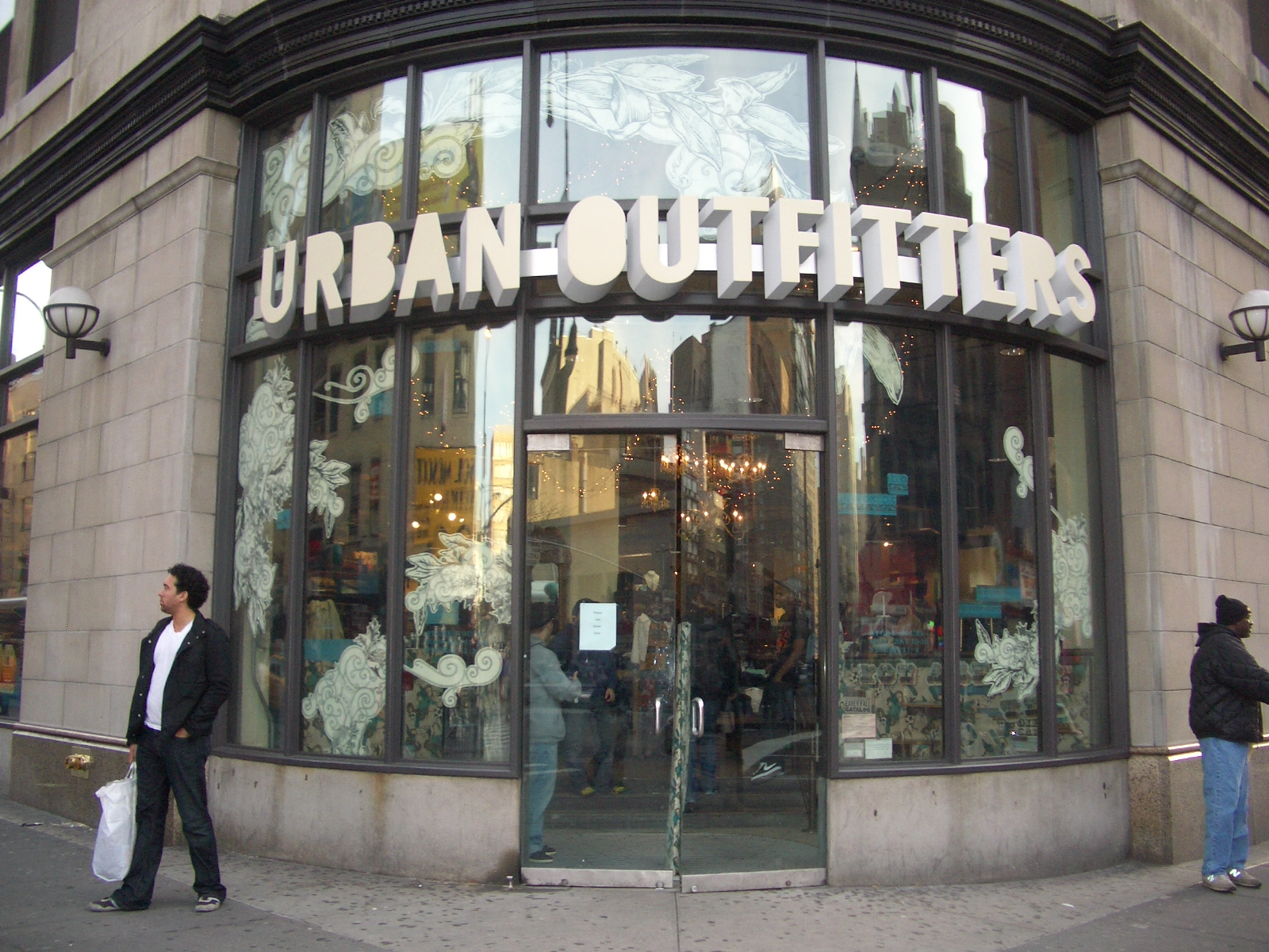 Urban Outfitters Opening Largest Location To Date In New York City She Magazine