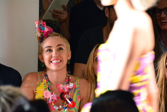 miley-cyrus-jeremy-scott-1