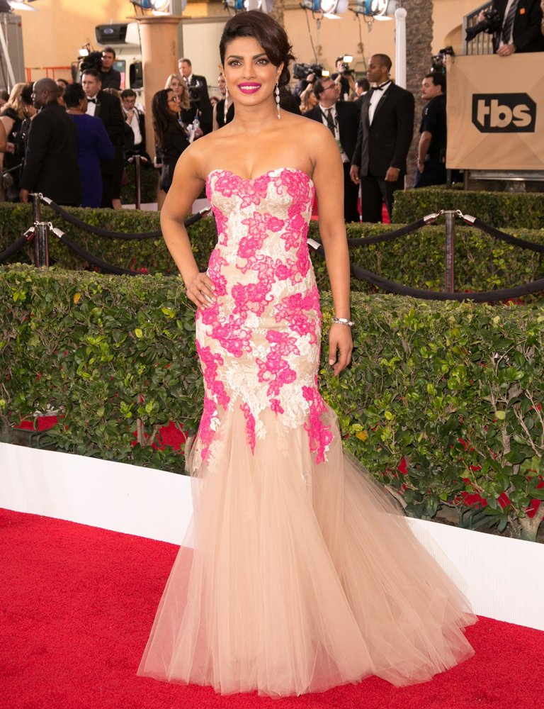 priyanka-chopra-22nd-annual-screen-actors-guild-awards-02