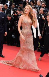 cannes-film-festival-2016-blake-lively-atelier-versace
