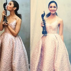 alia-bhatt-wins-the-award-for-best-actor-female-fo-udta-punjab-201701-880079